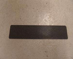 ANTI SLIP STAIR TREAD  610MM X 150MM                            127/AST4/TREADS/1