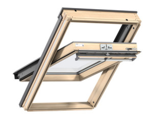 VELUX CENTRAL PIVOT ROOF WINDOW GGLMK 3050